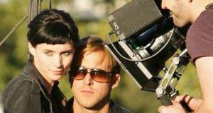 Song to song nuovo film di Terrence Malick: Una storia d'amore ambientata ad Austin centro della scena rock 'n' roll statunitense.
