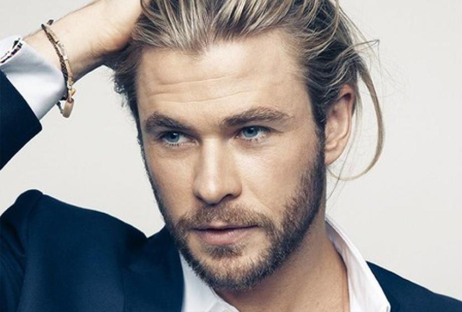 Chris Hemsworth 007