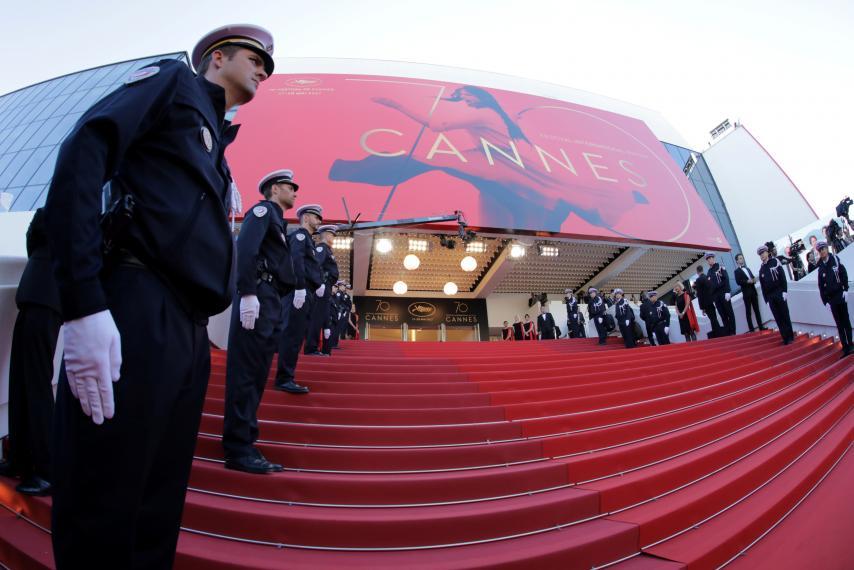 Cannes vietati selfie