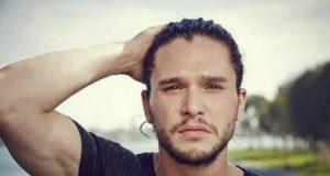 Harington capelli barba
